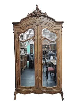 Шкаф для одежды антикварный Франция/Леукский стиль/ первая половина 20 века/орех